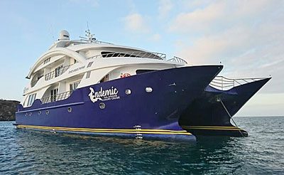 Endemic - Luxury Galapagos Cruise
